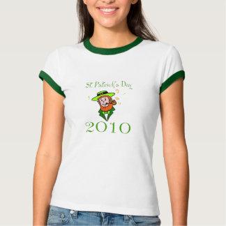 st. Patricks日の2010年のケリーの緑の信号器のティー Tシャツ