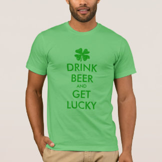 St patricks dayのTシャツ|の飲み物ビールは幸運になり、 Tシャツ