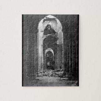 St. Quentin_Warのイメージのカテドラルの台なし ジグソーパズル