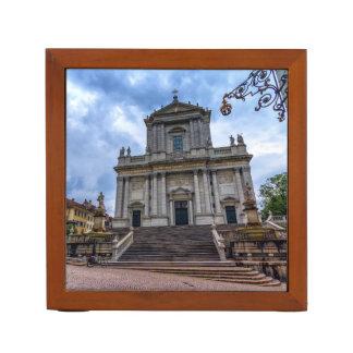 St. Ursusのカテドラル、Solothurn、スイス連邦共和国 ペンスタンド
