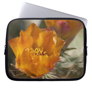 Staghorn Chollaのサボテンの花のラップトップスリーブ ラップトップスリーブ