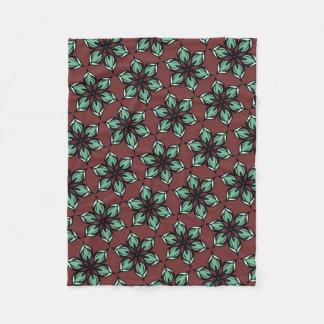 Star flower kaleidoscope on deep red brown フリースブランケット