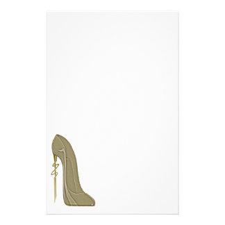 Steampunkのスタイルの小剣の靴の芸術 便箋