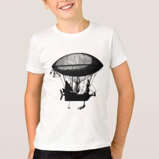 Steampunkの海賊飛行船 Tシャツ