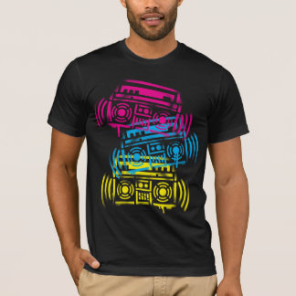 Stenciled Boomboxes Tシャツ