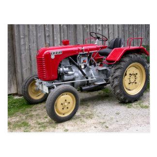 Steyrの赤いトラクターT84 ポストカード