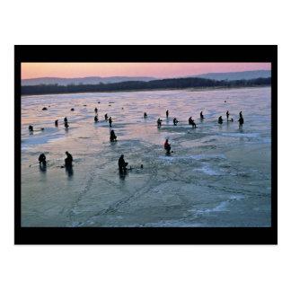 Stoddard、WI、氷の漁師 ポストカード