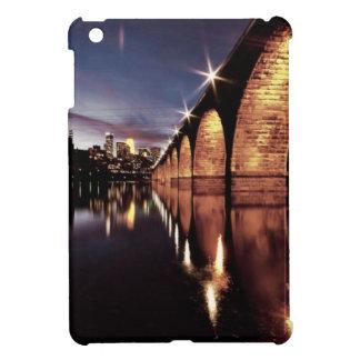 Stonearchのスカイライン iPad Miniケース