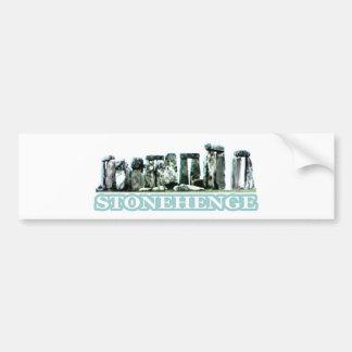 Stonehengeの白い文字博物館のZazzleのギフト バンパーステッカー