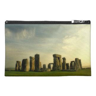 Stonehengeの緑2 トラベルアクセサリーバッグ