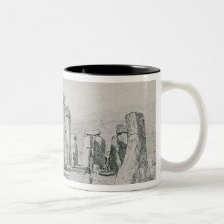Stonehenge、ウィルトシャー1820年(スケッチ) ツートーンマグカップ