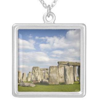Stonehenge (2500頃紀元前に)、ユネスコの世界2 シルバープレートネックレス