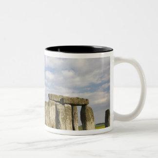 Stonehenge (2500頃紀元前に)、ユネスコの世界2 ツートーンマグカップ