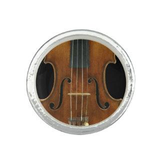 Stradivariのクローズアップ リング