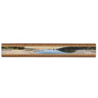 Suciaの島のエコー湾のパノラマ式の木製の定規 メープル 定規