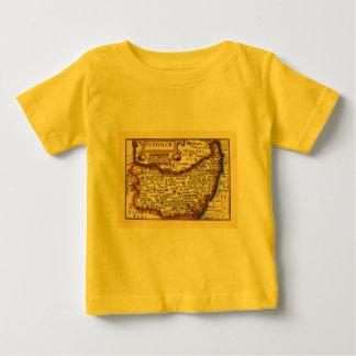 """Suffolck""のSuffolk郡地図 ベビーTシャツ"