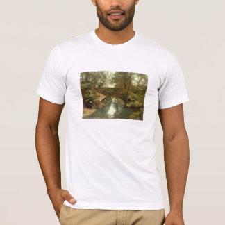 Sulbyの谷間橋、Ramseyの人、イギリスの島 Tシャツ