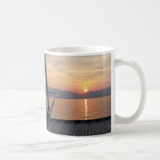 Sundownerのマグ コーヒーマグカップ