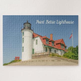 Sunlight on Point Betsie Lighthouse in Michigan ジグソーパズル
