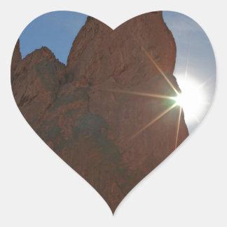 Sunraysおよび砂岩 ハートシール