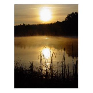 sunrise湖の反射の郵便はがき ポストカード