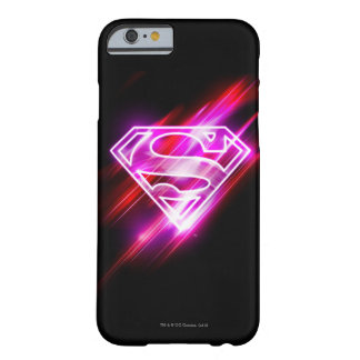 Supergirlのピンク Barely There iPhone 6 ケース