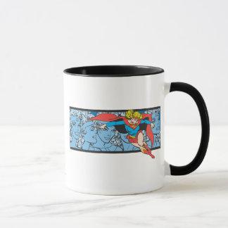 Supergirlのヘッド打撃 マグカップ