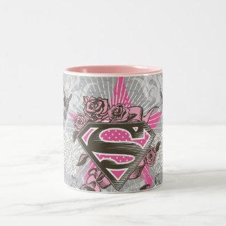 Supergirlの星およびバラ ツートーンマグカップ