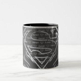 Supergirlの銀製のロゴ ツートーンマグカップ