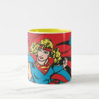 Supergirl愛は征服します ツートーンマグカップ