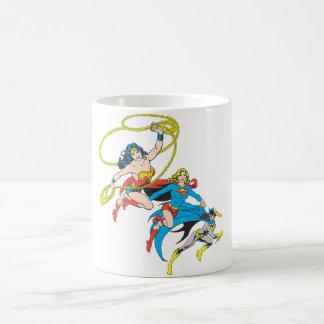 Superheroinesの跳躍 コーヒーマグカップ