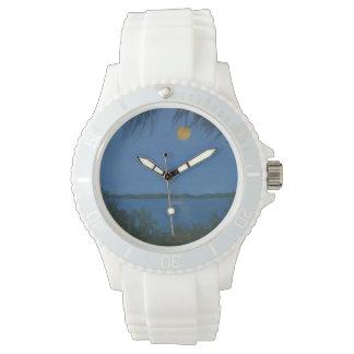 SUPERMOONの上昇の柱時計 腕時計
