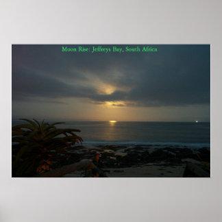 SupertubesのJ湾、南アフリカ共和国上の月の上昇 ポスター