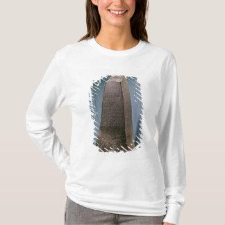 Susa、紀元前のc.2270からのManishtusuのオベリスク Tシャツ