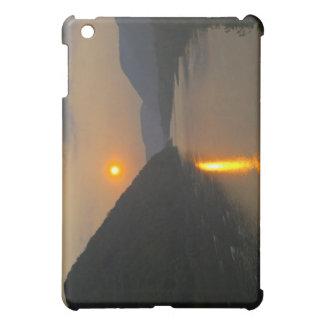 Susquehanna川ペンシルバニア上の日没 iPad Mini カバー