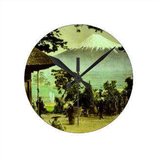 Suzukawaのヴィンテージのマツを通した富士山 ラウンド壁時計