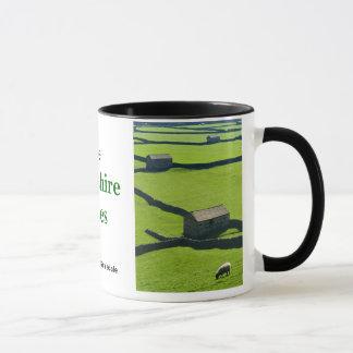 Swaledale -ヨークシャの谷のマグ マグカップ