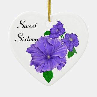 Sweet sixteenの紫色のペチュニア 陶器製ハート型オーナメント