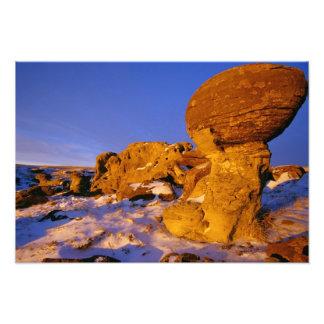 Sweetgrassの近くの冬のエルサレムの石 フォトプリント