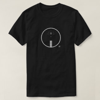 Symbols of Earth and the Sun Tシャツ