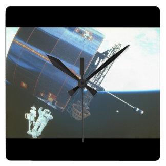Syncom IV-3_Space スクエア壁時計