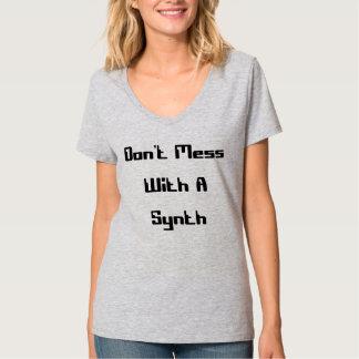 Synthと台なしにしないで下さい Tシャツ