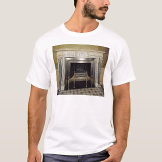 Syonの家、ミドルセックス、c.1760からの暖炉 Tシャツ