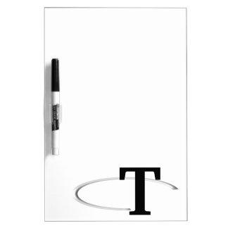 Tのリングのモノグラムのなホワイトボード ホワイトボード