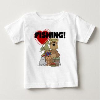 Tシャツおよびギフトを採取するハート ベビーTシャツ