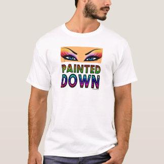 Tシャツの下で絵を描かれる Tシャツ