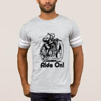 Tシャツの乗車 Tシャツ