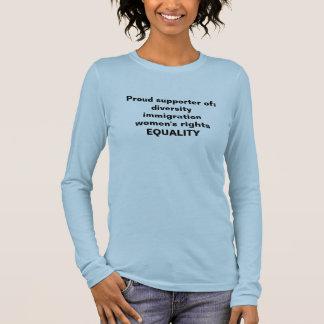 Tシャツの支持の平等、移住、女性 長袖Tシャツ