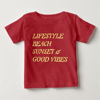 Tシャツの日没 ベビーTシャツ