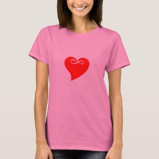 Tシャツの無限ハート愛バレンタインデーのギフト Tシャツ